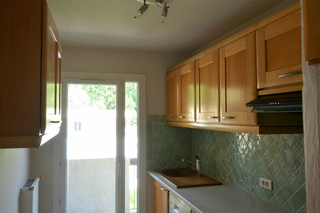 Achat Appartement 4 pièces à Villeneuve-Loubet - vignette-5