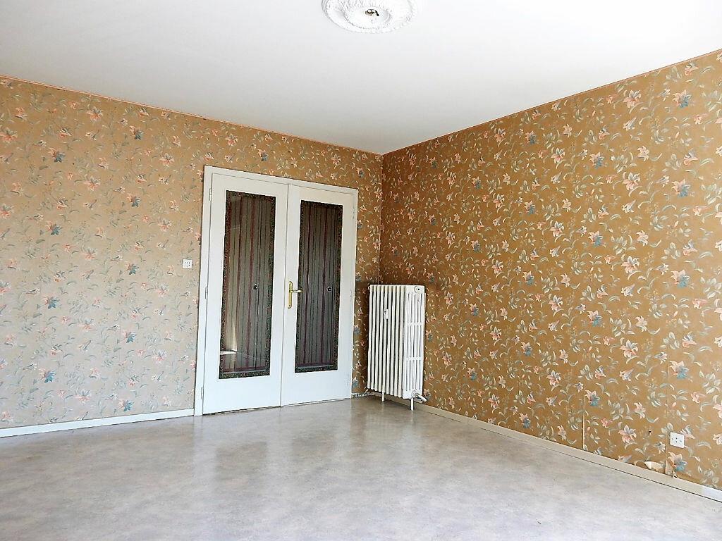 Achat Appartement 3 pièces à Montigny-lès-Metz - vignette-2
