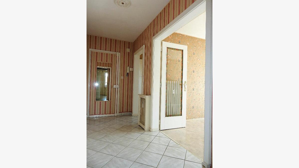 Achat Appartement 3 pièces à Montigny-lès-Metz - vignette-4