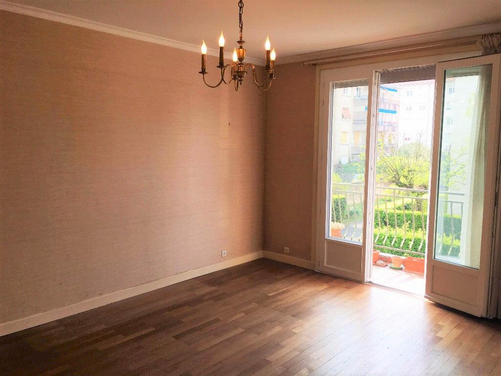 Achat Appartement 2 pièces à Lyon 8 - vignette-1