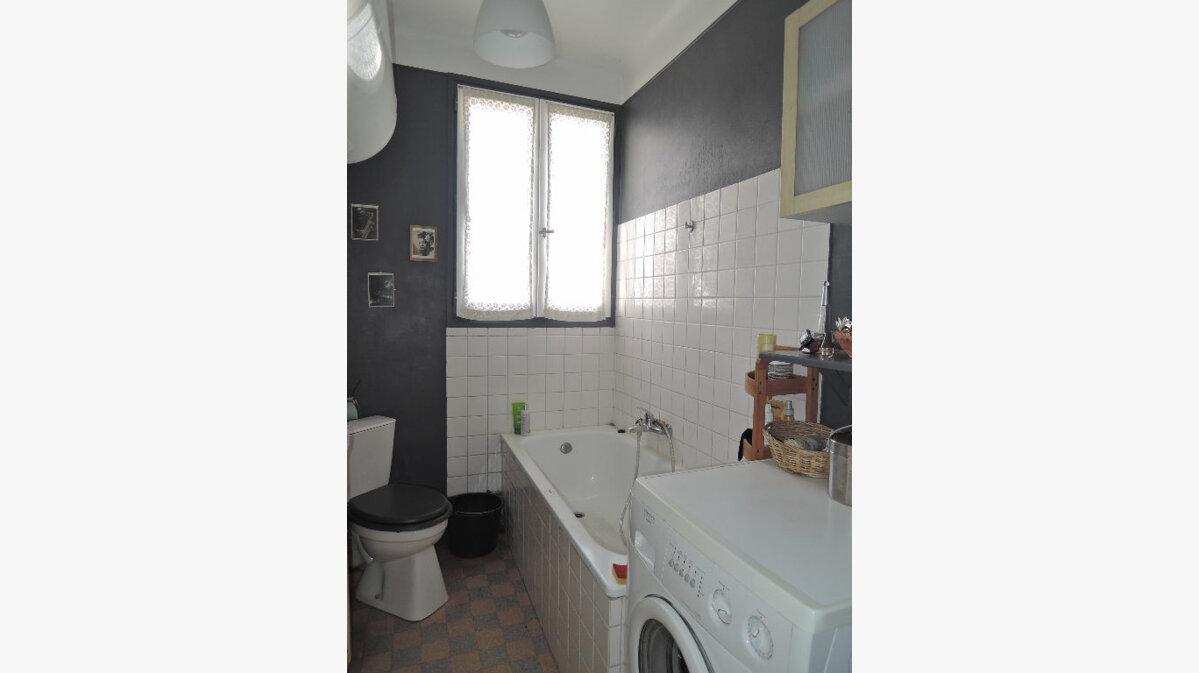 Achat Appartement 6 pièces à Paris 20 - vignette-6