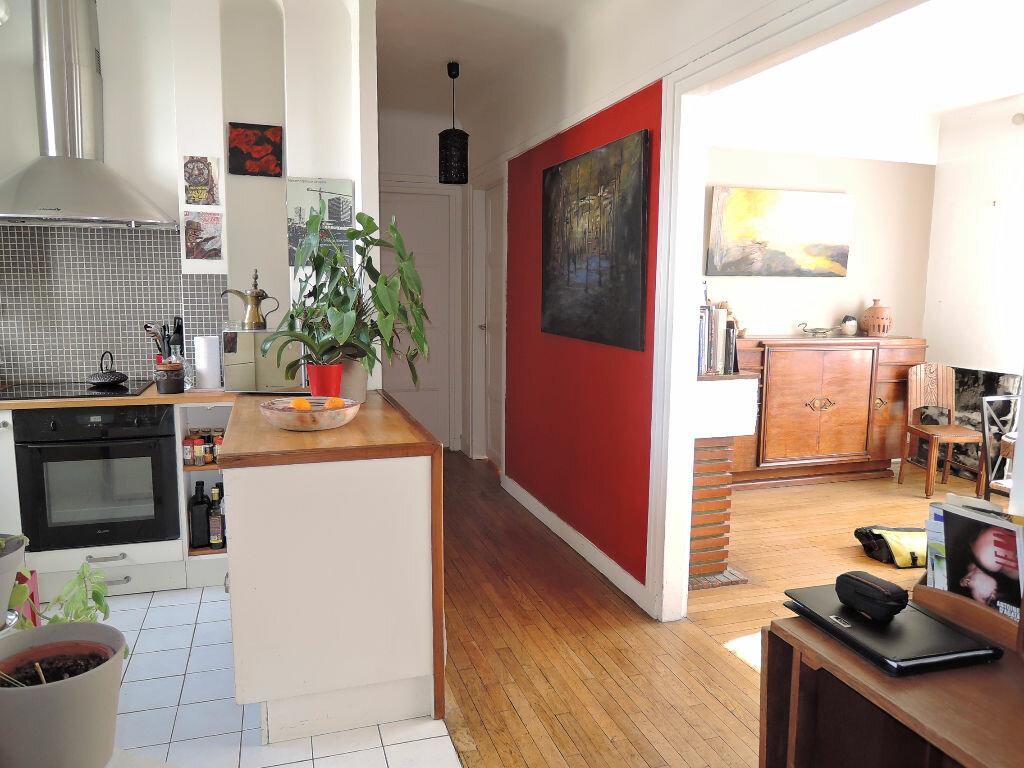 Achat Appartement 6 pièces à Paris 20 - vignette-10