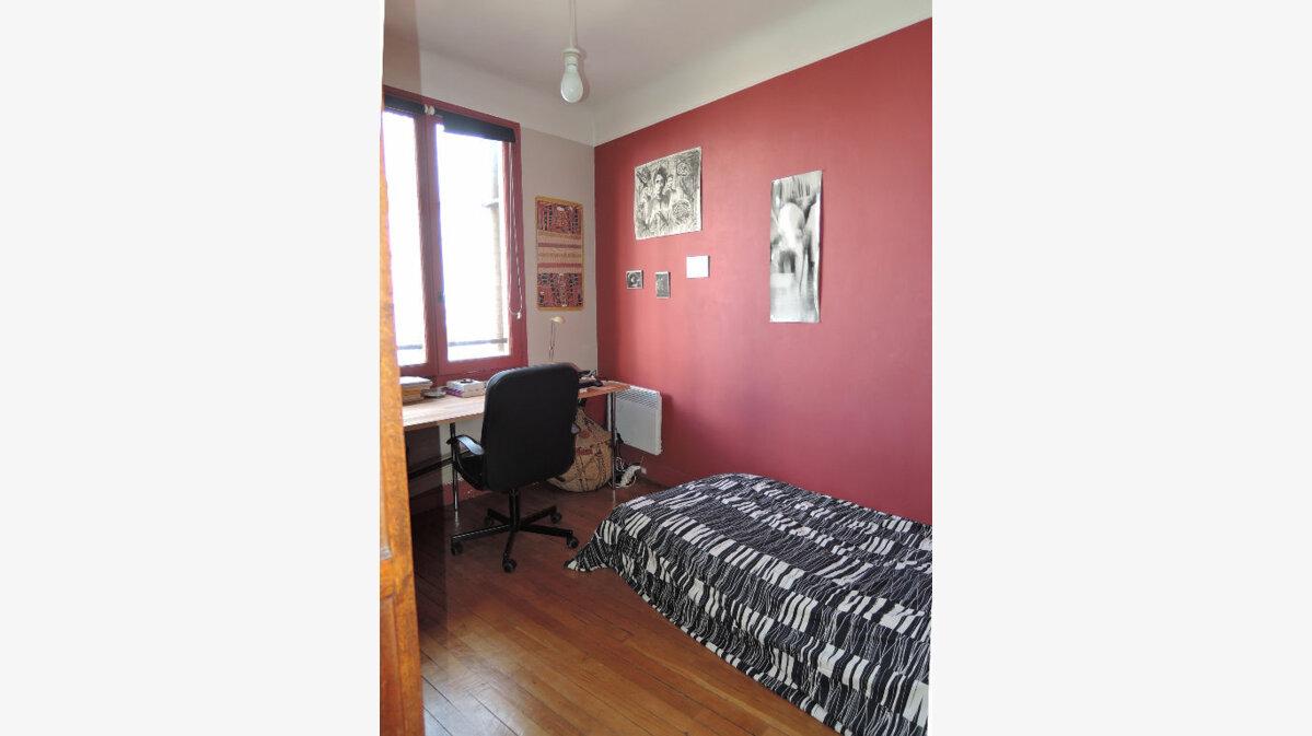 Achat Appartement 6 pièces à Paris 20 - vignette-12