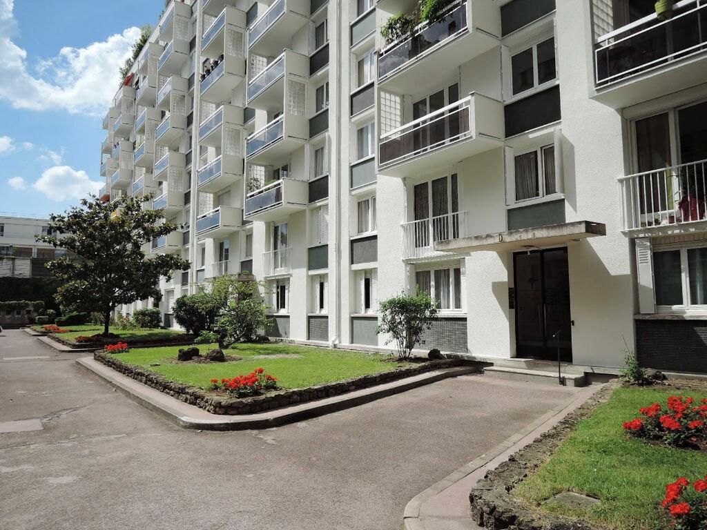 Achat Appartement 3 pièces à Paris 20 - vignette-1