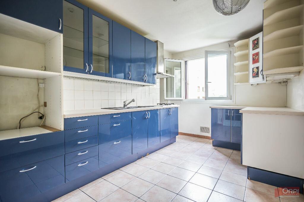 Achat Appartement 3 pièces à Paris 11 - vignette-3