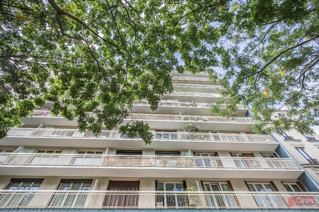 Achat Appartement 3 pièces à Paris 11 - vignette-4