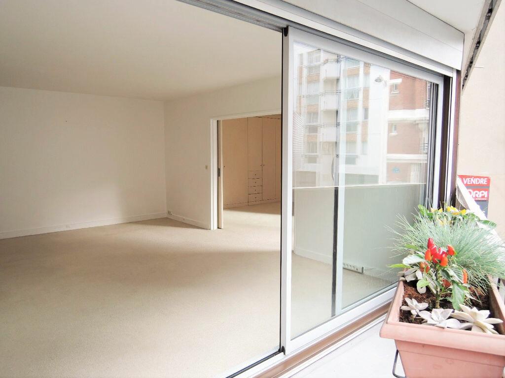 Achat Appartement 2 pièces à Paris 20 - vignette-1