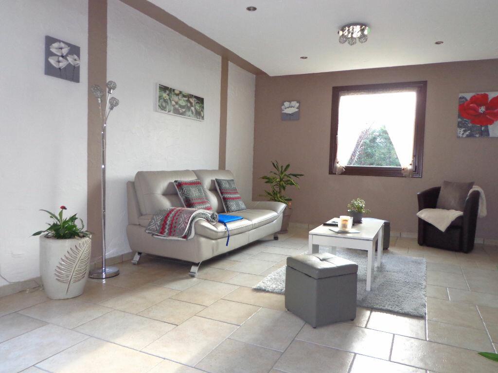 Achat Maison 5 pièces à Hauteville-sur-Fier - vignette-3