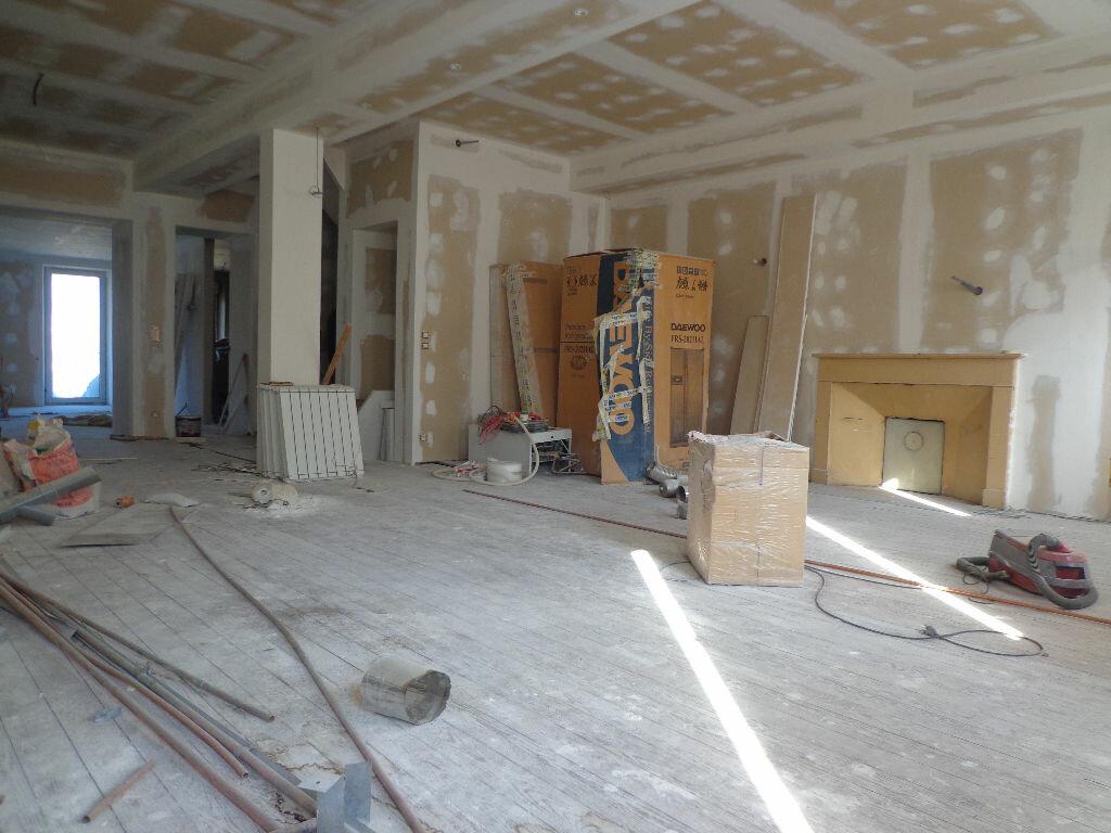 Achat Appartement 6 pièces à Rumilly - vignette-1