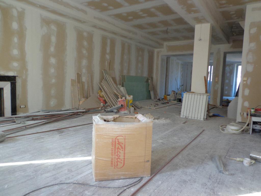 Achat Appartement 6 pièces à Rumilly - vignette-2
