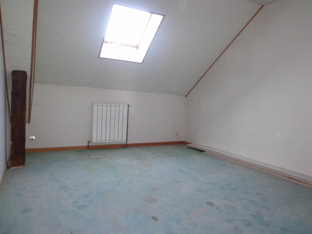 Achat Appartement 6 pièces à Rumilly - vignette-3