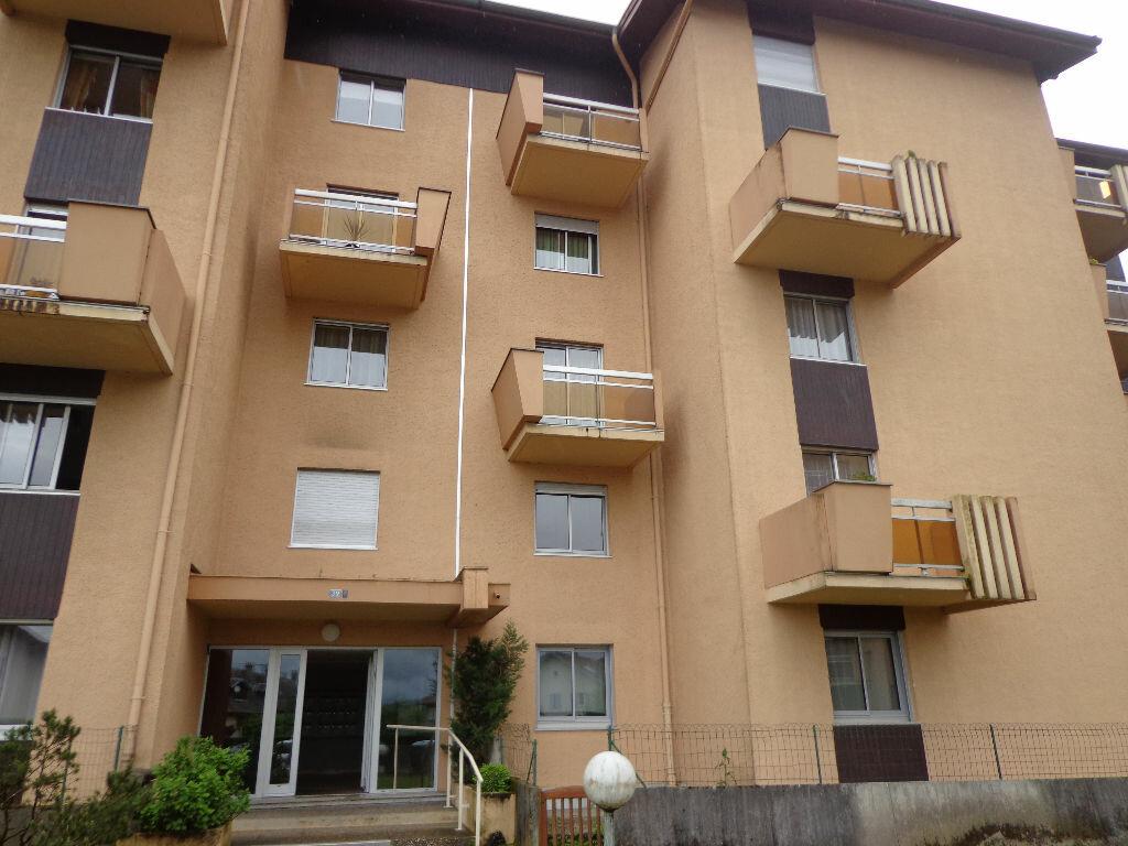 Achat Appartement 4 pièces à Rumilly - vignette-1