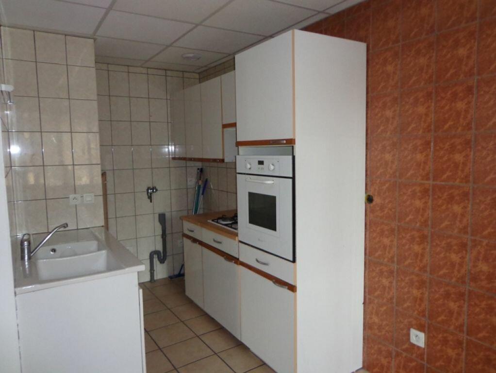 Achat Appartement 4 pièces à Rumilly - vignette-4