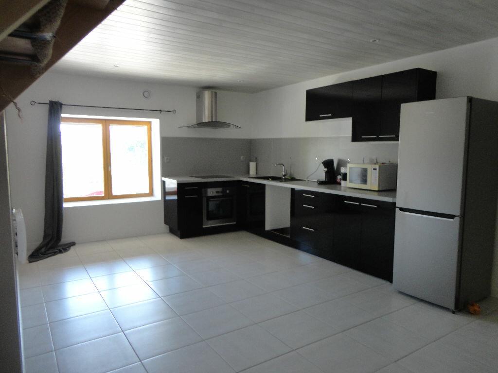 Achat Appartement 5 pièces à Rumilly - vignette-1