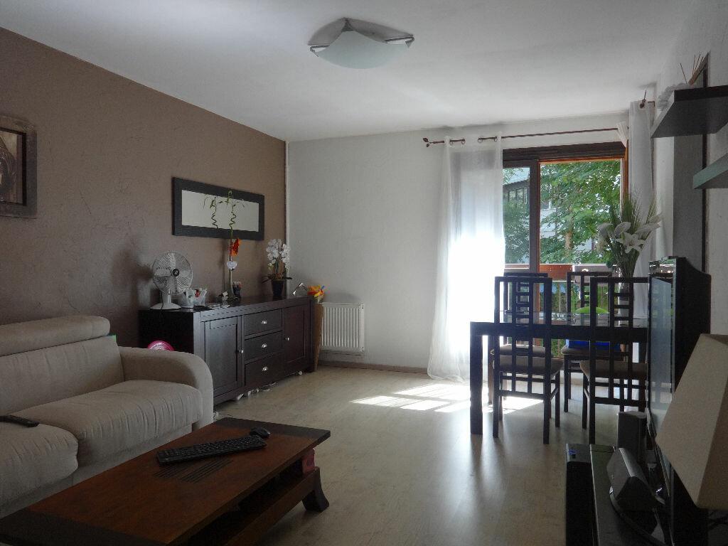Achat Appartement 3 pièces à Cran-Gevrier - vignette-1