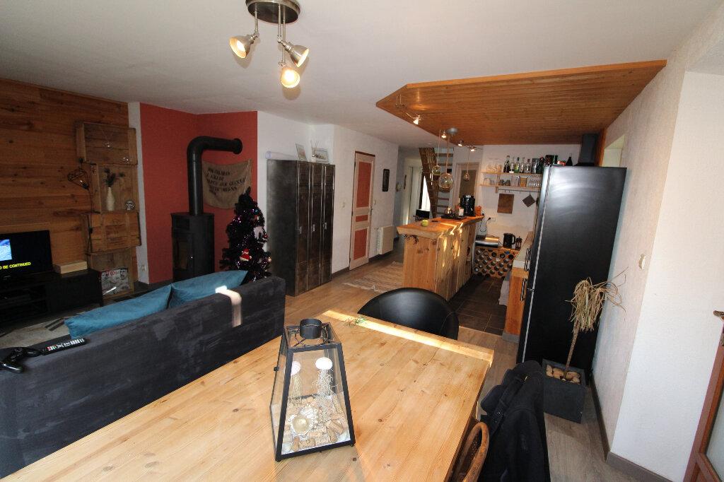 Achat Appartement 5 pièces à Chapeiry - vignette-1