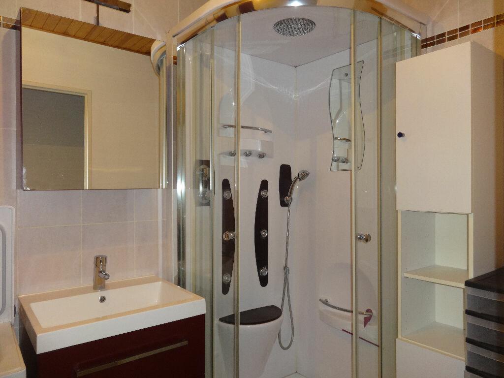 Achat Appartement 4 pièces à Cran-Gevrier - vignette-4