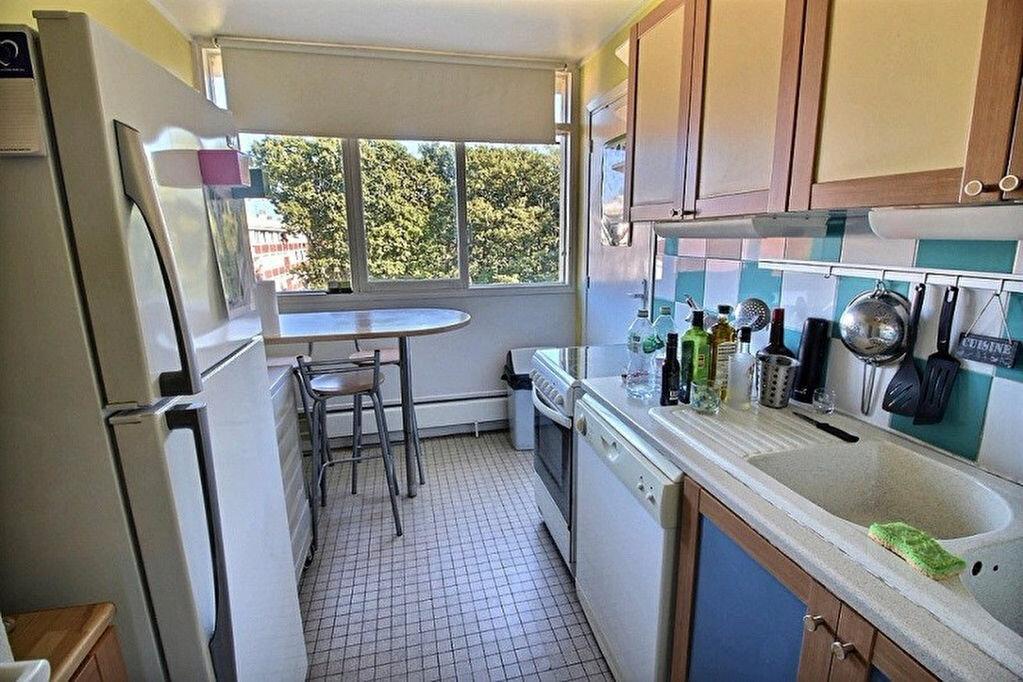 Achat Appartement 4 pièces à Verneuil-sur-Seine - vignette-2