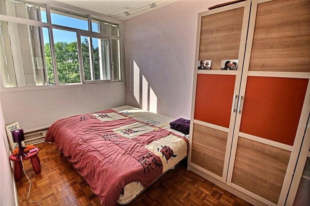 Achat Appartement 4 pièces à Verneuil-sur-Seine - vignette-3