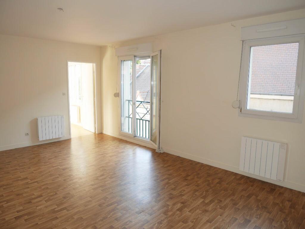 Location Appartement 3 pièces à Ecquevilly - vignette-1