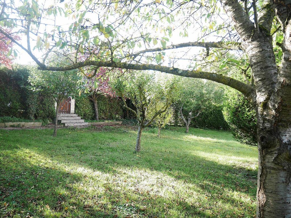 Location Maison 6 pièces à Vernouillet - vignette-2
