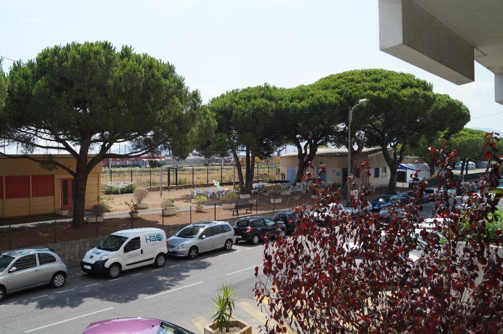 Location Appartement 2 pièces à Cannes - vignette-8