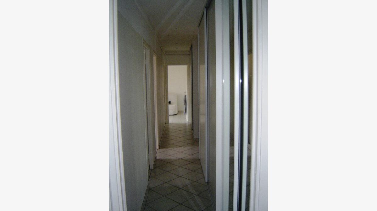 Achat Appartement 3 pièces à Vallauris - vignette-4