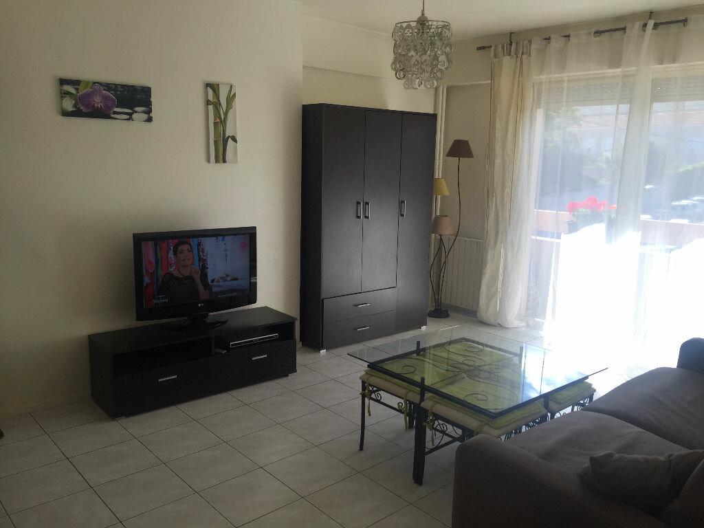 Achat Appartement 1 pièce à Vallauris - vignette-1