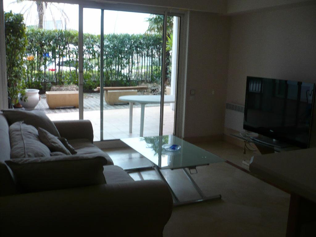 Location Appartement 2 pièces à Vallauris - vignette-5