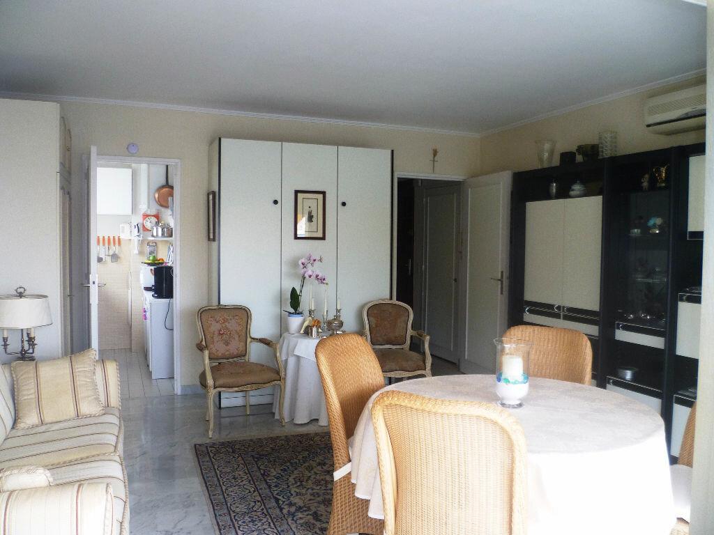 Achat Appartement 1 pièce à Vallauris - vignette-6