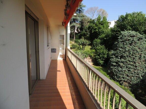 Location Appartement 3 pièces à Le Cannet - vignette-8