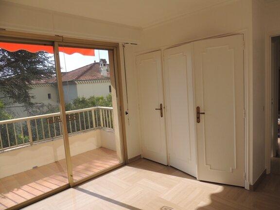Location Appartement 3 pièces à Le Cannet - vignette-9