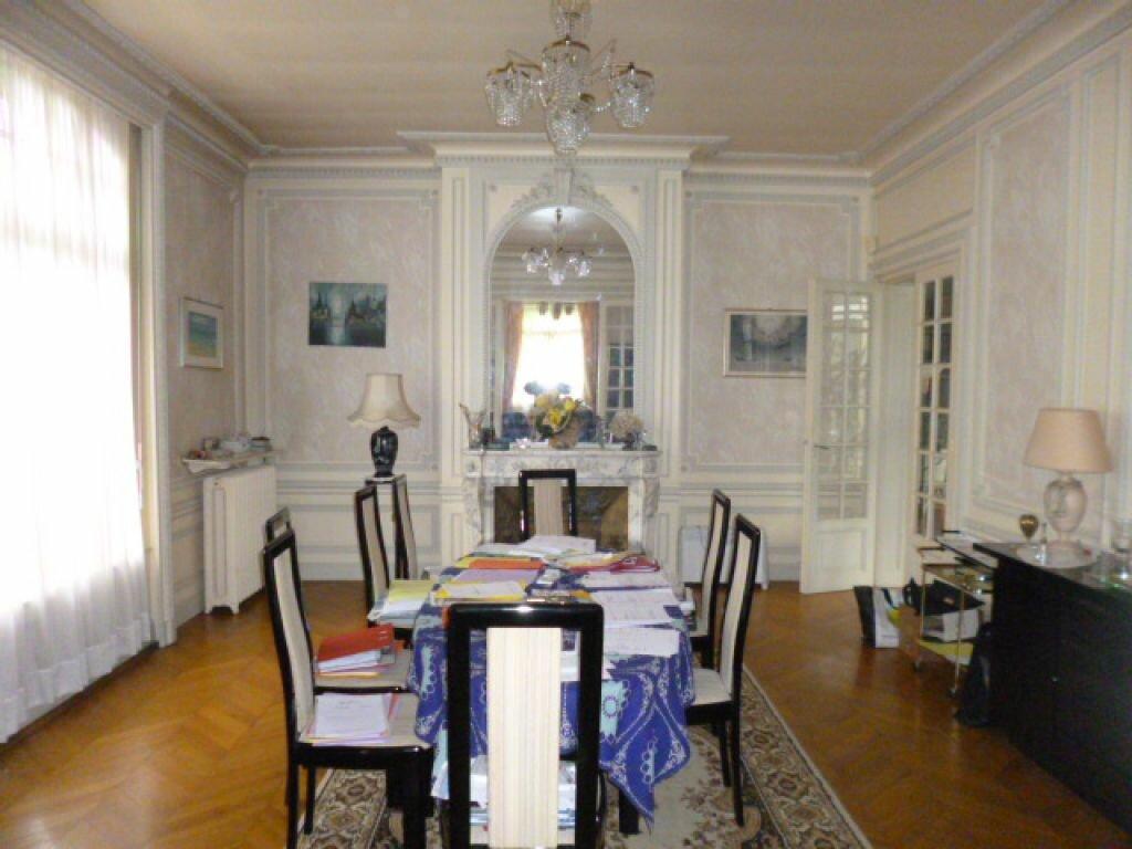 Achat Maison 12 pièces à Saint-Quentin - vignette-2