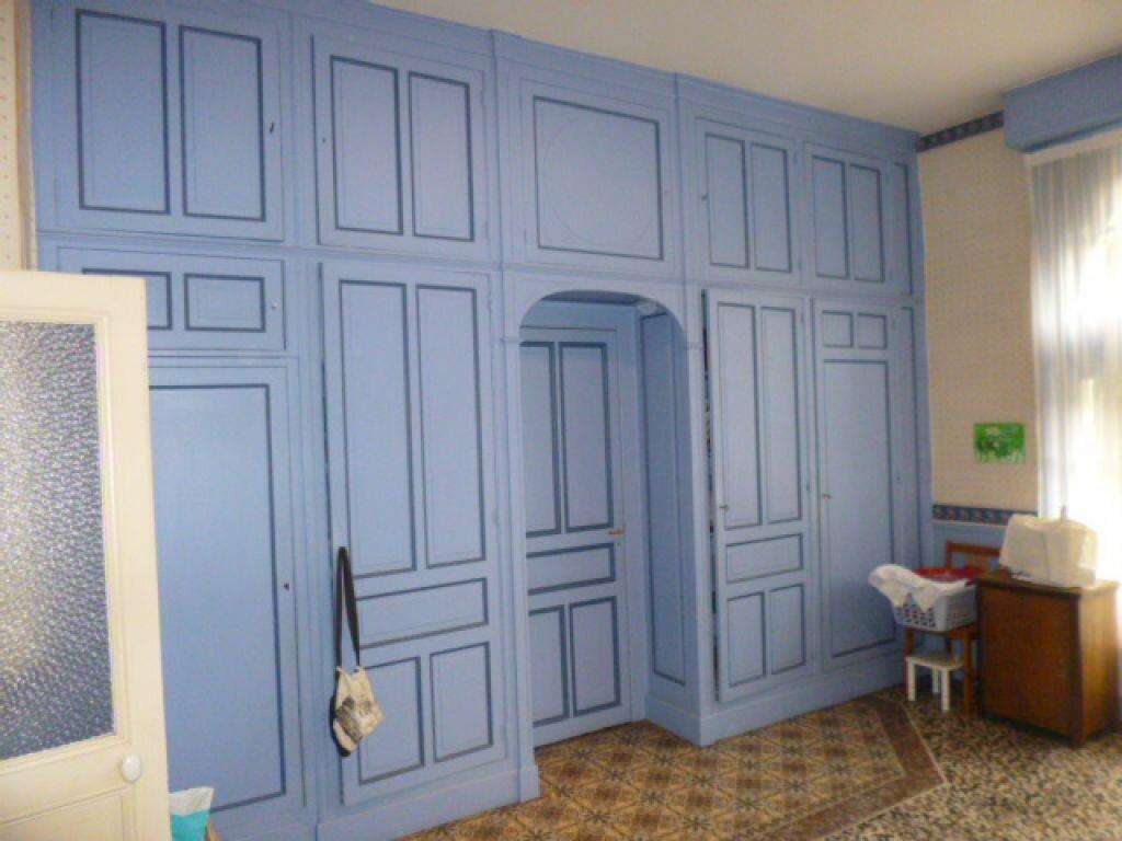 Achat Maison 12 pièces à Saint-Quentin - vignette-6