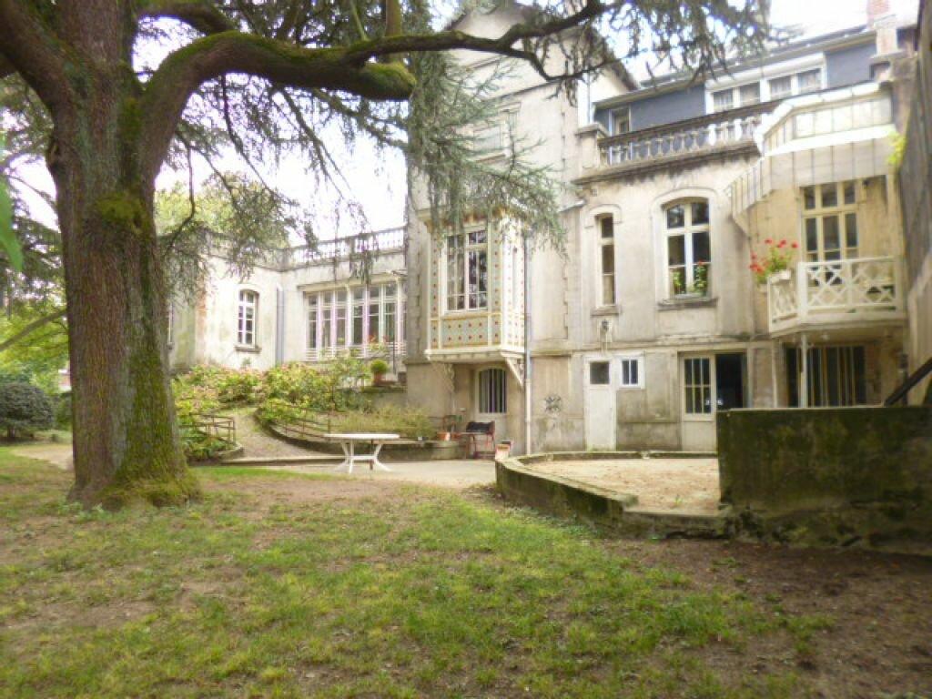 Achat Maison 12 pièces à Saint-Quentin - vignette-8