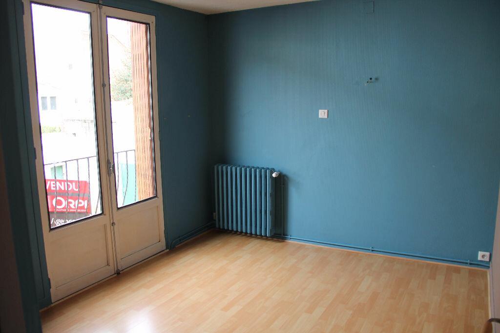 Achat Maison 4 pièces à Saint-Quentin - vignette-9