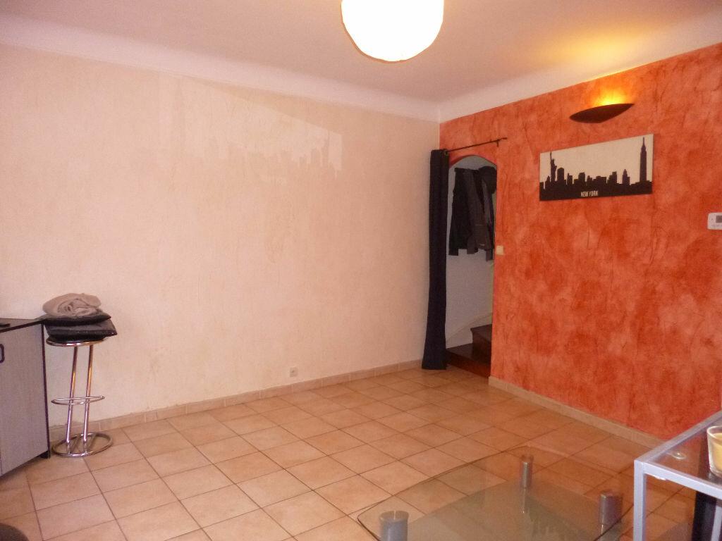 Achat Maison 3 pièces à Saint-Quentin - vignette-11