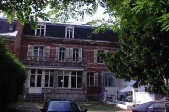 Achat Maison 15 pièces à Saint-Quentin - vignette-1