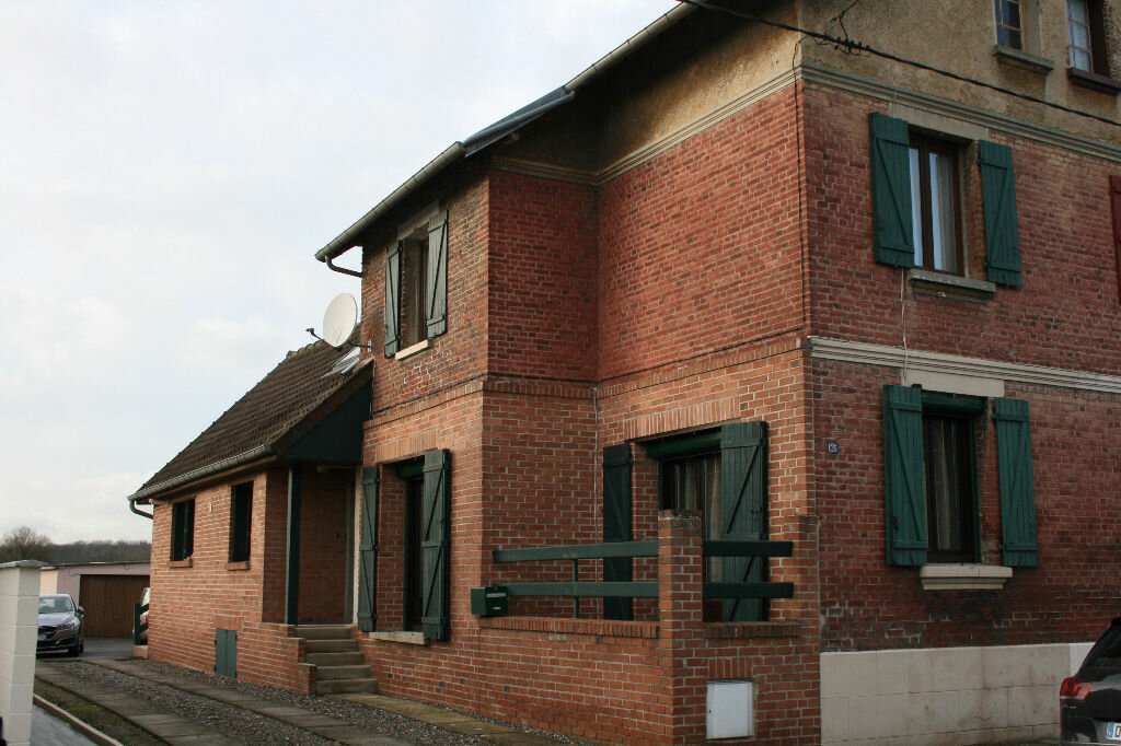 Achat Maison 6 pièces à Tergnier - vignette-2