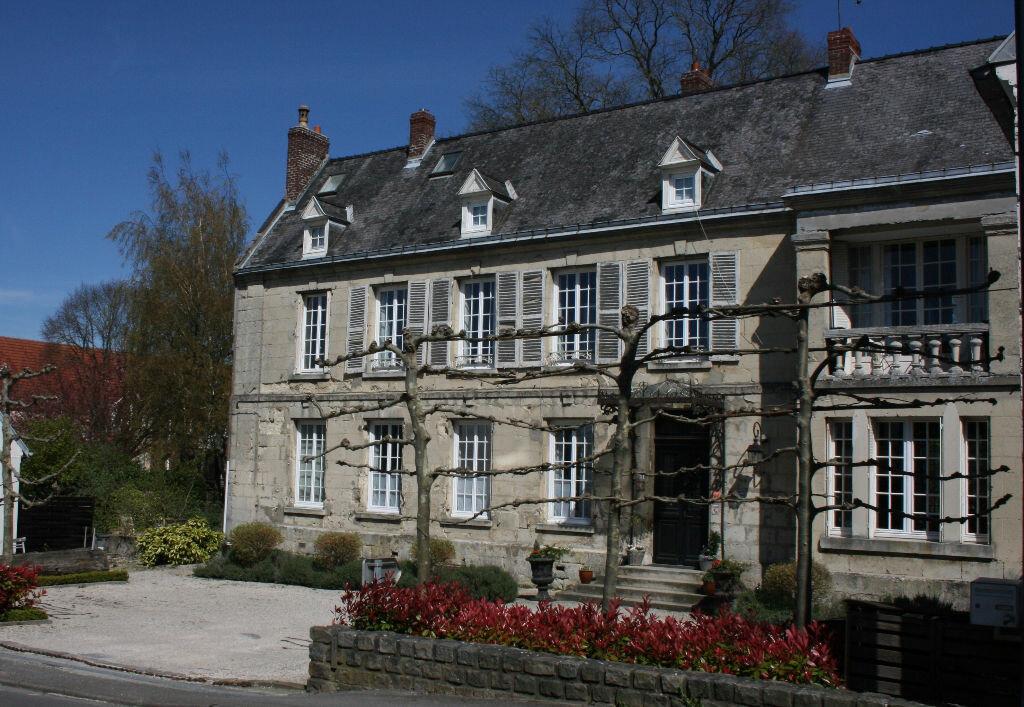 Achat Maison 11 pièces à Saint-Gobain - vignette-1