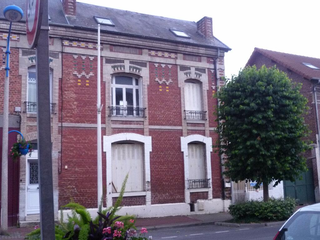 Achat Maison 5 pièces à La Fère - vignette-1
