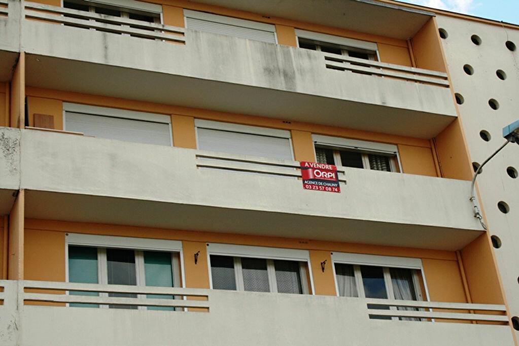 Achat Appartement 4 pièces à Chauny - vignette-1