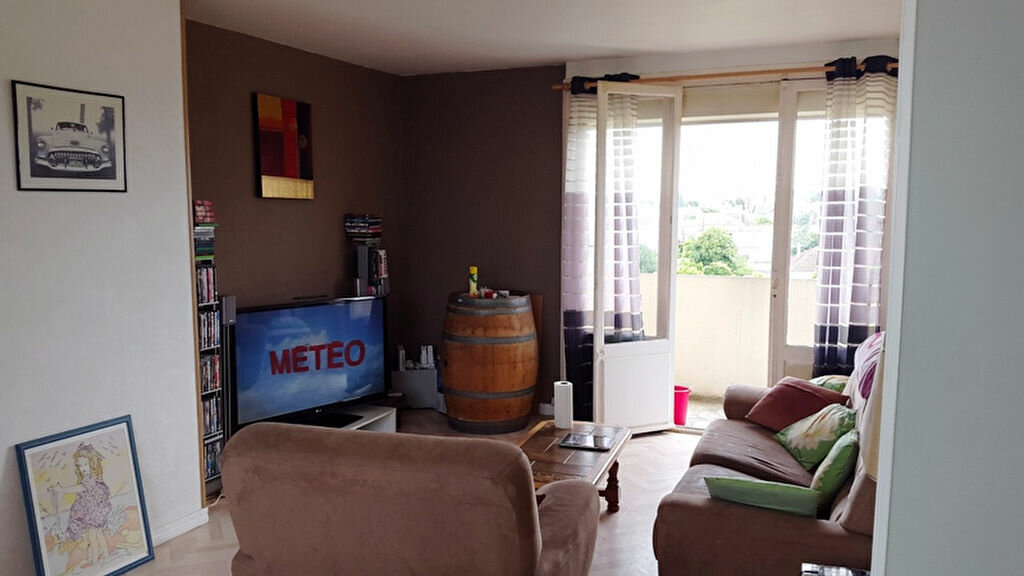 Achat Appartement 4 pièces à Chauny - vignette-2