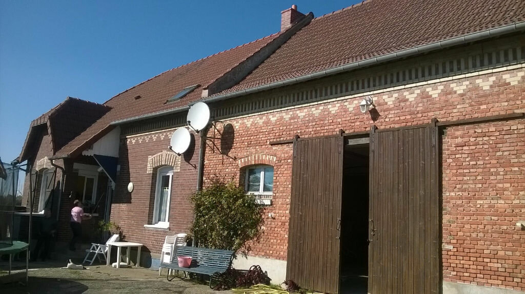 Achat Maison 7 pièces à Vendeuil - vignette-1