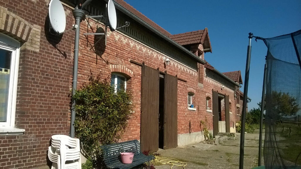 Achat Maison 7 pièces à Vendeuil - vignette-2