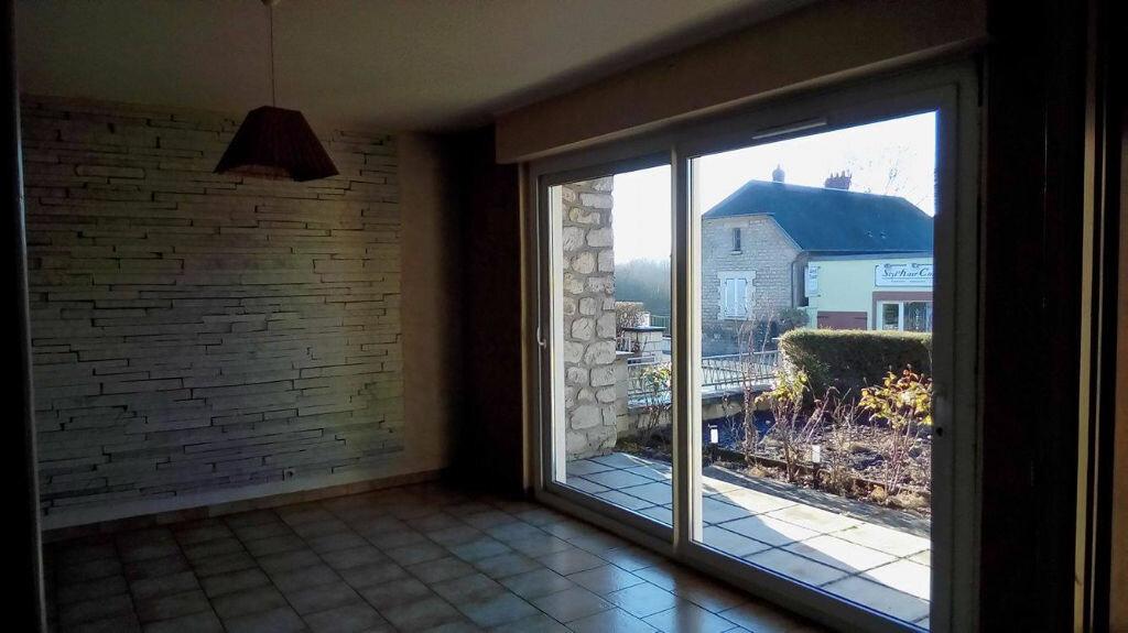 Achat Maison 7 pièces à Coucy-le-Château-Auffrique - vignette-12