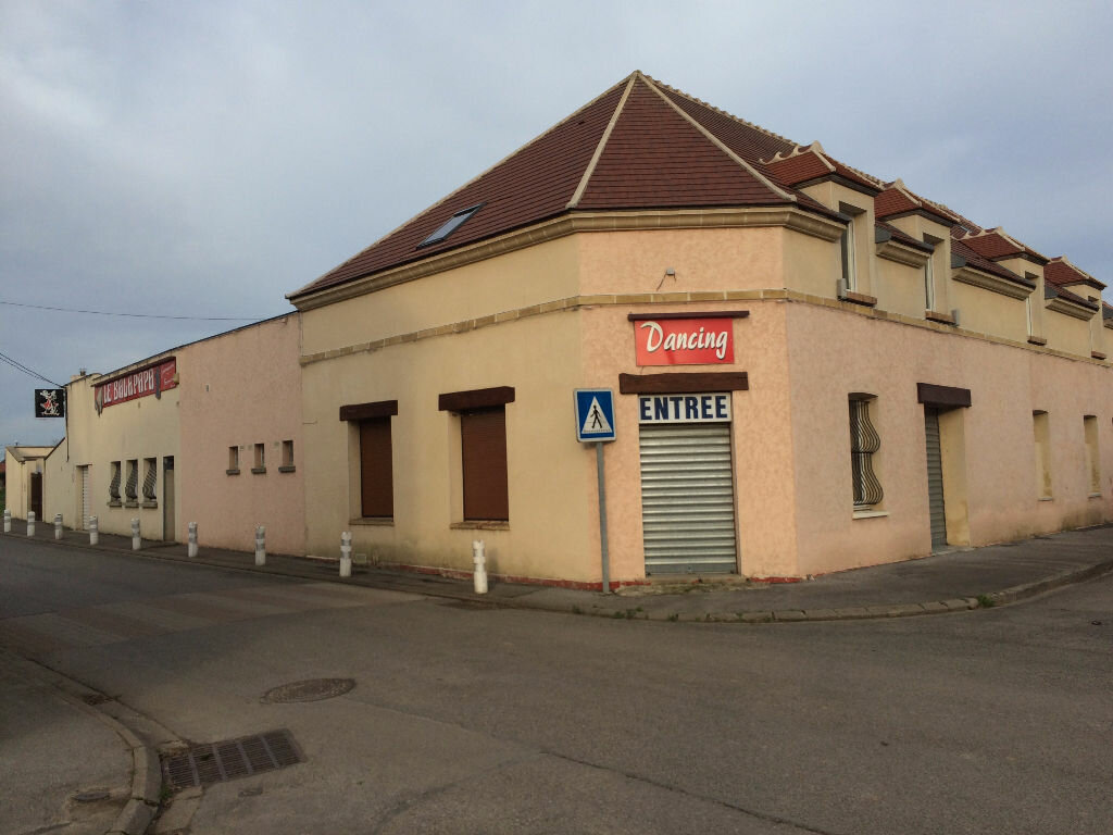 Achat Immeuble  à Marest-Dampcourt - vignette-1