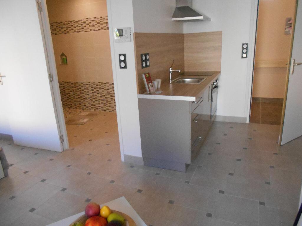 Location Appartement 1 pièce à Villequier-Aumont - vignette-1