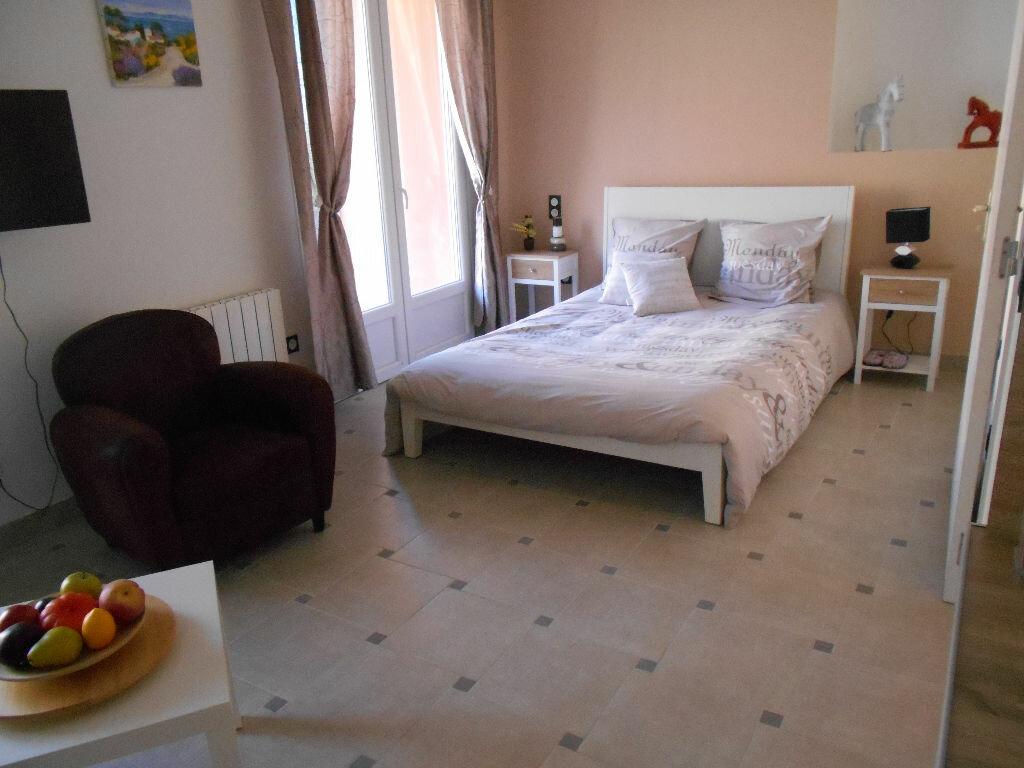 Location Appartement 2 pièces à Villequier-Aumont - vignette-1