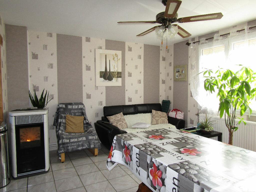 Achat Maison 4 pièces à Chauny - vignette-3